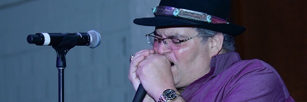 article hook blues traveler actually pretty