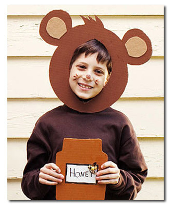 This Bear Costume  sc 1 st  Cracked.com & 5 Homemade Costume Ideas for Parents Who Hate Their Kids | Cracked.com