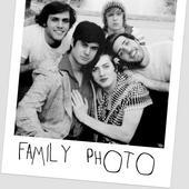 FamilyPhoto Cracked photo