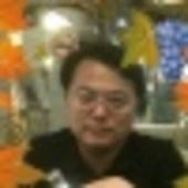 周立偉 Cracked photo
