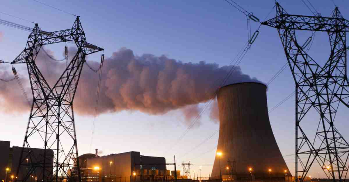 argumentative essay on nuclear power plants Nuclear power - the use of sustained nuclear fission to generate heat and electricity nuclear power plants provide about 6% of the world's energy and 13-14% of the world's electricity, [1] with the us , france , and japan together accounting for about 50% of nuclear generated electricity.