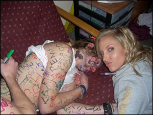 The 12 Most Embarrassing Photos of 2008