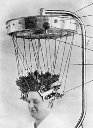 5 Photos Of The Past That Look Like Trippy Fantasy - a perm machine from the 1920s