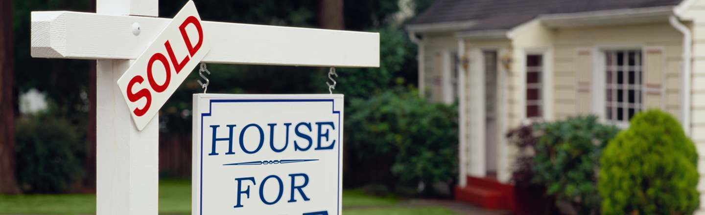 5 Insane True Stories Of Buying The House From Hell
