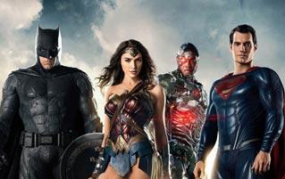 'Release The Snyder Cut' Propaganda Took Over Comic-Con 2019