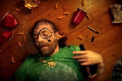 5 Ways the Alcohol Industry Tricks You Into Drinking Garbage