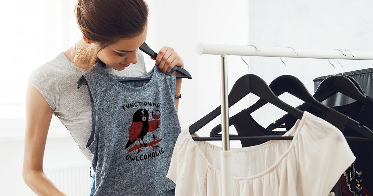 28fca2f1f 19 T-Shirts That Make Weird Assumptions About Women | Cracked.com