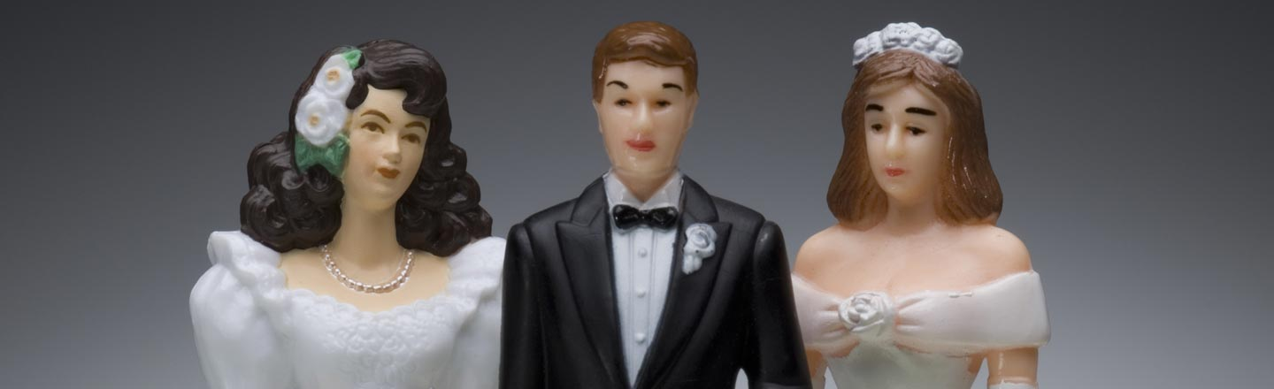 Polygamy Is Moving Towards Being Decriminalized In Utah (Forget Poly Husbands, Though)