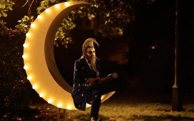 6 Wacky Upcoming Movies To Get Excited About - Alan Moore dressed as a moon in the movie The Show