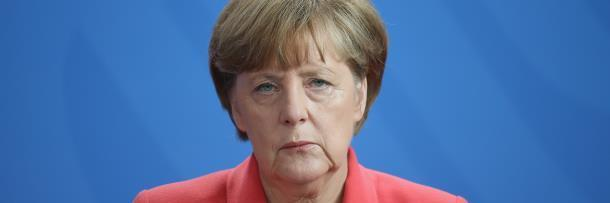 5 Shockingly Insane Conspiracy Theories About World Leaders