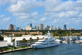 the skyline of Downtown Fort Lauderdale Florida
