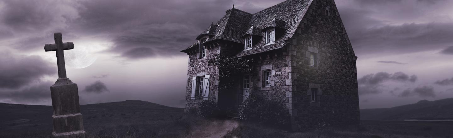 4 Lessons You Learn While Trapped In A Haunted House (For Work)