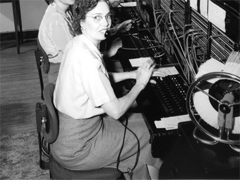 6 Life Hacks From The Past That Now Sound Deranged - a woman operating an old telephone switchboard