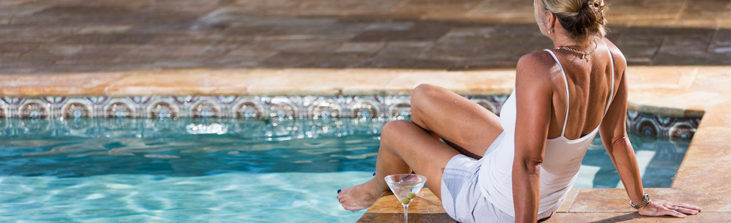 5 Ways Staying At A Hotel For The Rich Messes With Your Mind