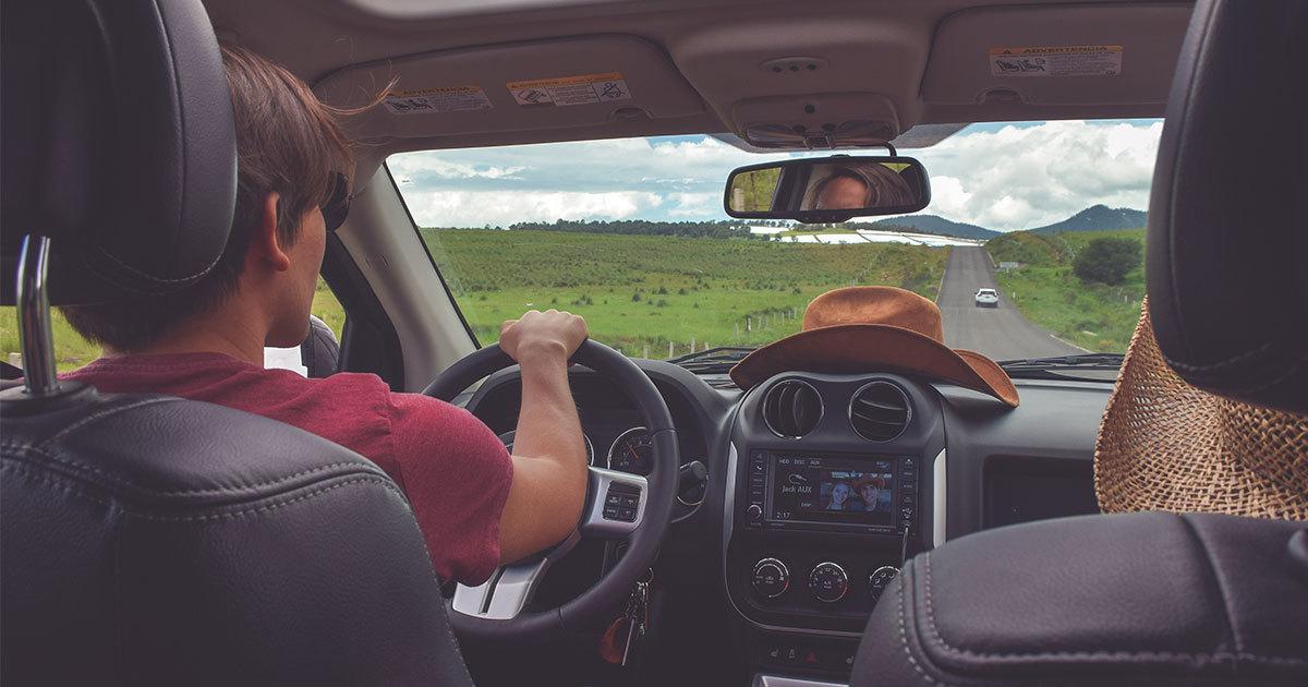 The 4 Most Baffling Driving Behaviors Everyone Encounters