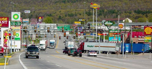 Robot Trucks Will Soon Screw Up The U.S.A. (And Nobody's Talking About It) - Trucks on the road in Breezewood, Pennsylvania