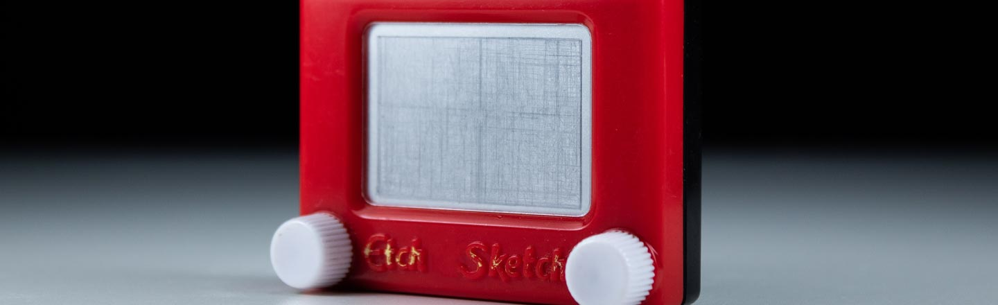Etch-a-Sketch Is Now Circle-Capable - What A World We Live In