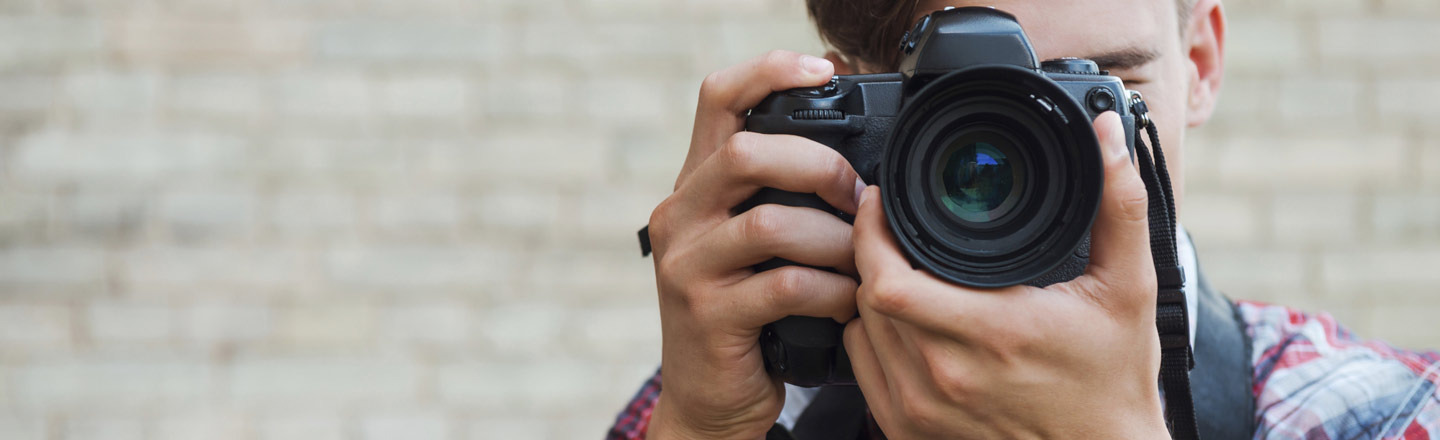 5 Ethical Questions On Posting Photos Of Strangers Online