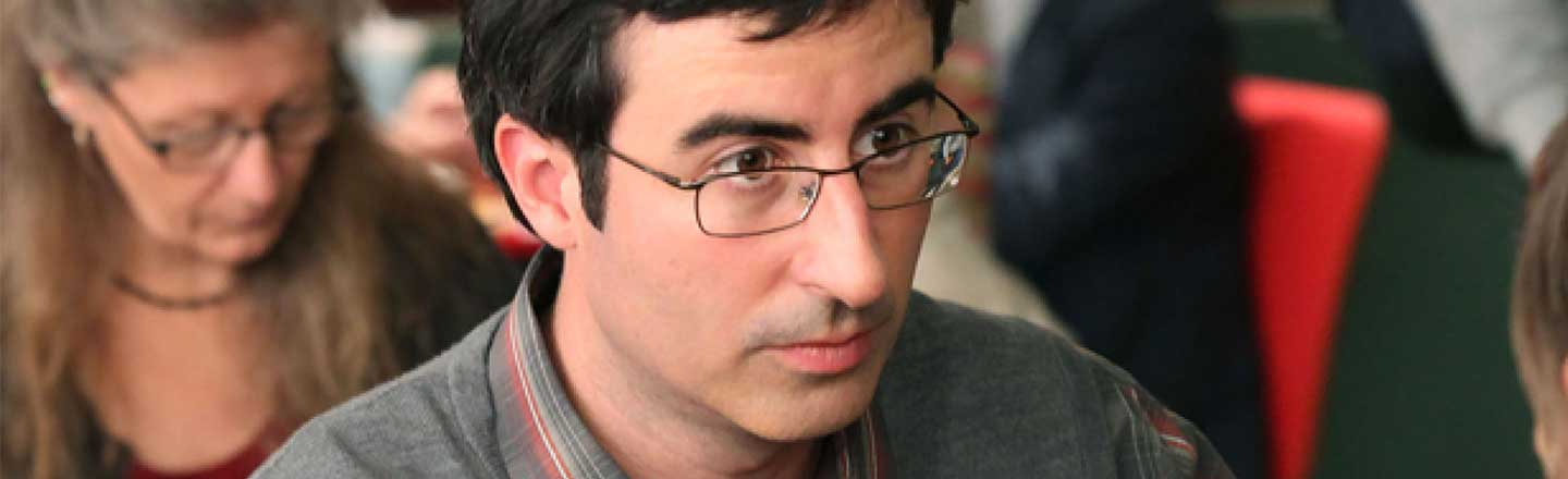 Why John Oliver Was The Worst Professor On 'Community'