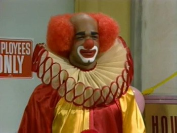 The Year The World Was 'Terrorized' By Scary Clowns (It Was 2016) - Homey D. Clown from the TV show In Living Color, as played by Damon Wayans