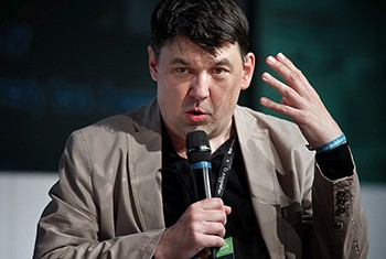 Why Are British Celebs Such Complete Jerks To Trans People? - Graham Linehan