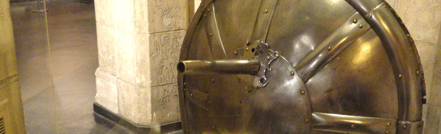 The 16th Century Shieldgun Looked Awesome, Was Terrible