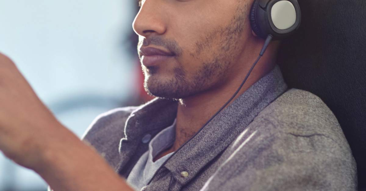 People Think You're A Dick: 5 Facts About Hearing Problems