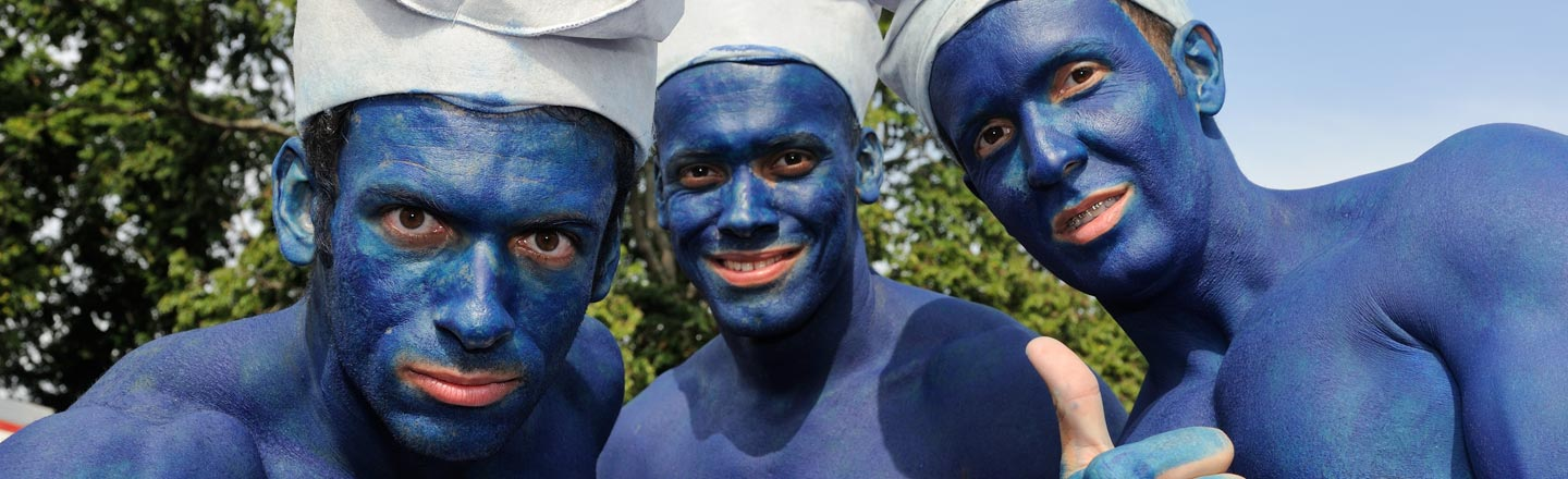 French Town Breaks World Record Of Most Morons Dressed Like Smurfs In One Place