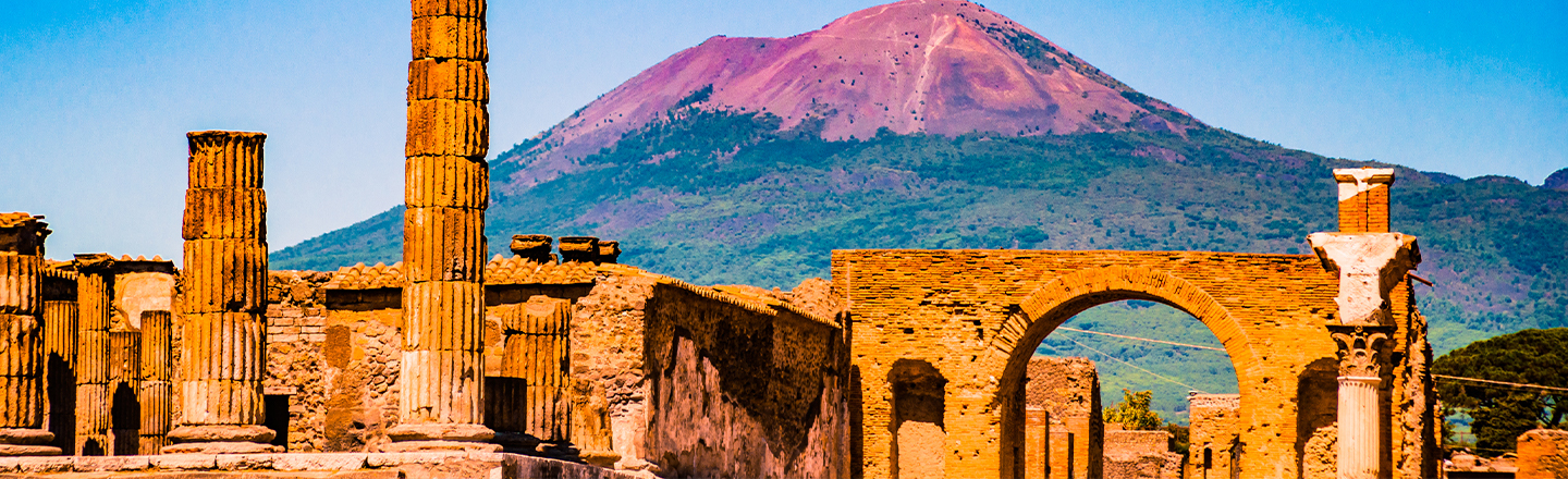 Woman Returns Stolen Items From Pompeii After 15 Years of Bad Luck