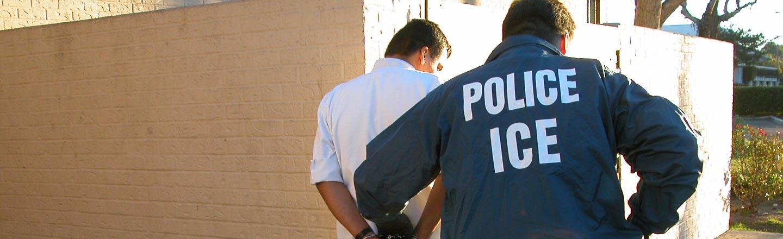 5 Horrifying Ways America's Hunting Undocumented Immigrants