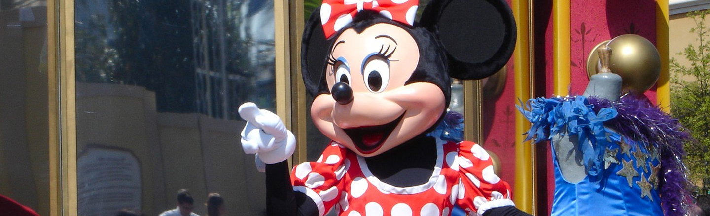 Disneyland Will Be a Vaccine 'Super Site'
