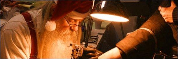 The 6 Most Horrific Ways Pop Culture Has Misused Santa Claus