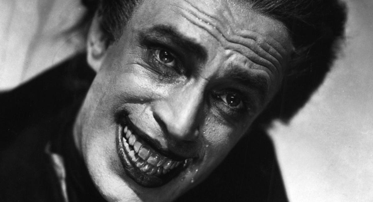 Black Guy Smiling Meme: 9 Terrifying Old Movies That Put Modern Horror To Shame