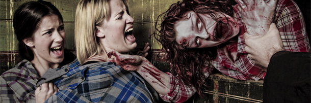4 Horrifying Realities of Working at a Haunted House