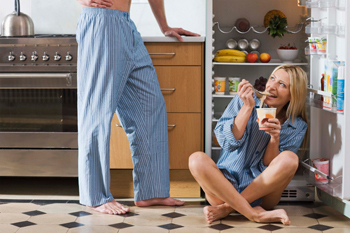 The 5 Most Ridiculous Lies Ever Told to Impress a Woman