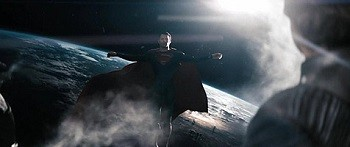 4 Superman Movie Scenes That Were Dumb AF In Retrospect - Superman floating in the sky in a Jesus pose