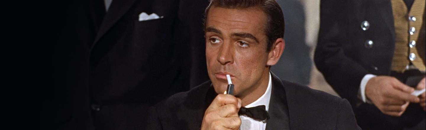 5 Ways James Bond Was WAY More Insane In The Books