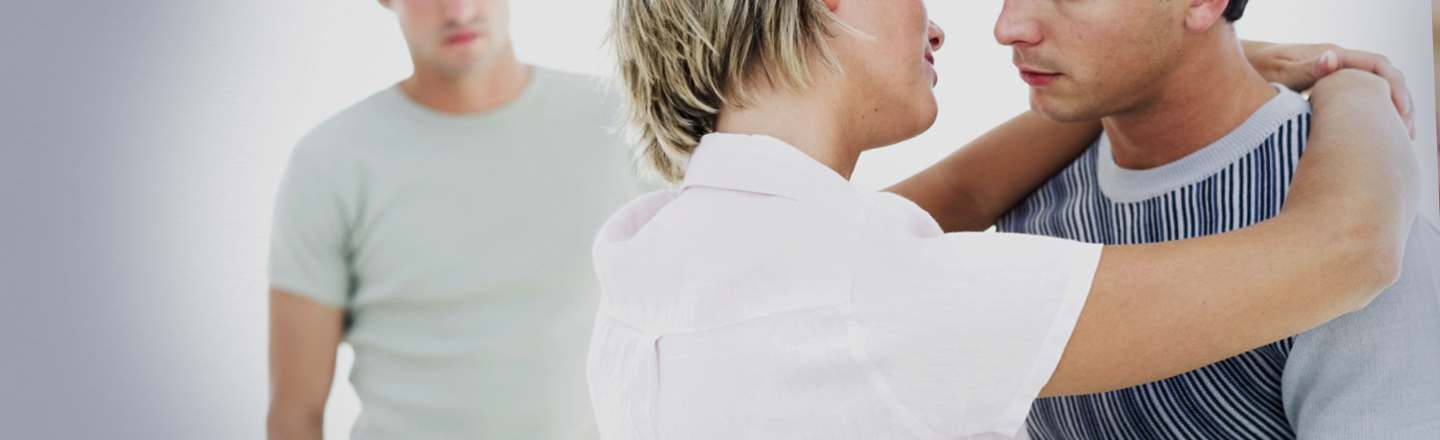 5 Reasons Threesomes Aren't As Awesome As You Think