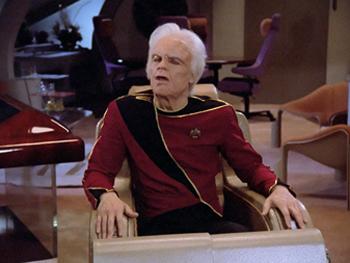 9 Insane Background Details You Never Noticed On Star Trek