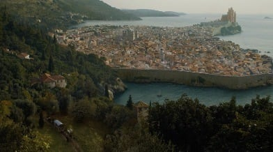 Um, What's Up With King's Landing On 'Game Of Thrones'?