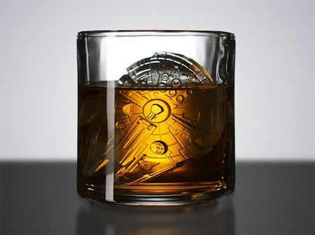 Buy These Millennium Falcon Ice Molds, You Should
