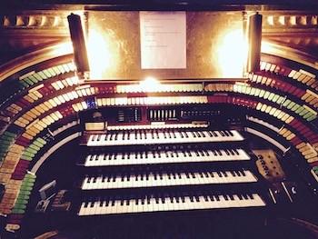 The real phantom of the opera lived in Atlanta, Georgia |  Fox theater organ