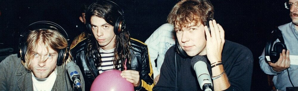 4 Weird, Unexpected Collaborations Of Famous Musicians