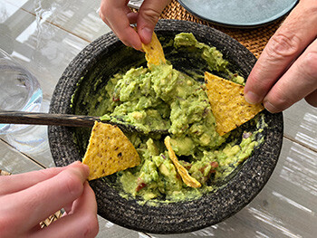 8 Rock Star Tour Requests That Are A Recipe For Madness people eating guacamole
