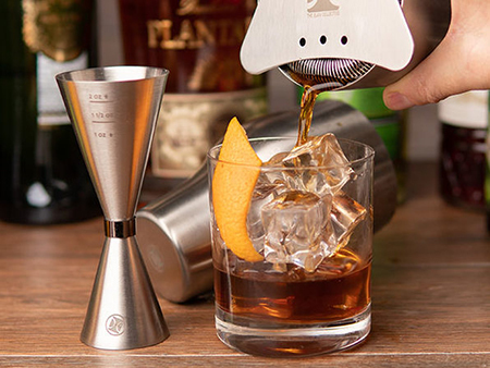 The Price On This French Cocktail Shaker Set Is Mad (Men)
