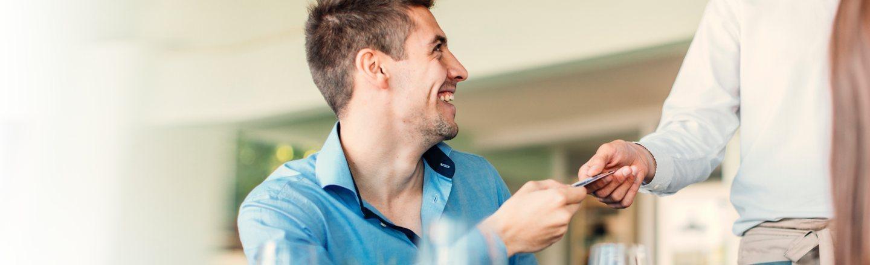 7 Ways Restaurants Screw You Over (With Science)