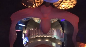 7 Actual Theme Park Attractions Clearly Designed By Maniacs