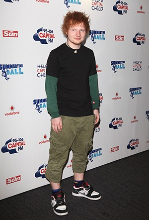5 Reasons All Modern Pop Music Sounds The Same - Ed Sheehan dressed as a small child