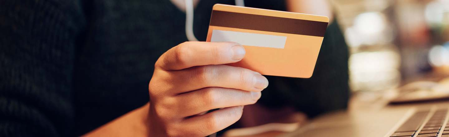 Here's Why Credit Cards Are Different For Rich People