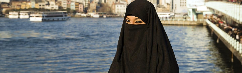 5 Ways Growing Up Female In Saudi Arabia Is A Nightmare